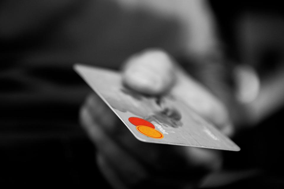 中国個人輸入ビジネスで必須なクレジットカード